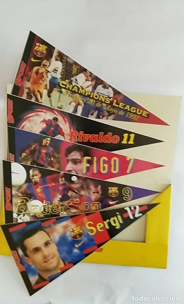 Coleccionismo deportivo: COLECCION UNICA 25 LOS BANDERINES DEL BARÇA ADHESIVOS 98/99 SPORT 30 x 15 cm NUNCA PEGADOS - Foto 5 - 177575765