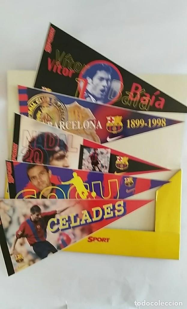 Coleccionismo deportivo: COLECCION UNICA 25 LOS BANDERINES DEL BARÇA ADHESIVOS 98/99 SPORT 30 x 15 cm NUNCA PEGADOS - Foto 6 - 177575765