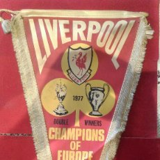 Coleccionismo deportivo: AB-627.- BANDERIN-- LIVERPOOL, DOUBLE WINNERS, CHAMPIONS OF EUROPE LEAGUE , CHAMPS 1977 . Lote 178997117