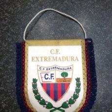 Coleccionismo deportivo: BANDERÍN CF CLUB DE FÚTBOL EXTREMADURA DE ALMENDRALEJO BADAJOZ. Lote 179176357