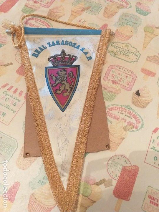 BANDERIN REAL ZARAGOZA S.A.D FIRMADO JUGADORES AÑOS 90 (Coleccionismo Deportivo - Banderas y Banderines de Fútbol)