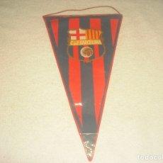 Coleccionismo deportivo: BANDERIN C. DE FUTBOL BARCELONA. PLASTIFICADO.. Lote 182722182