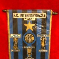 Coleccionismo deportivo: INTER DE MILAN ANTIGUO BANDERIN ORIGINAL. Lote 183219076