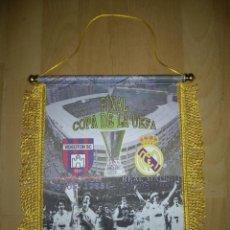 Coleccionismo deportivo: BANDERÍN REAL MADRID-VIDEOTON FINAL UEFA 1985. Lote 183427236