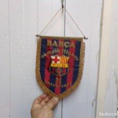 Coleccionismo deportivo: BANDERIN FUTBOL CLUB BARCELONA. Lote 183776292