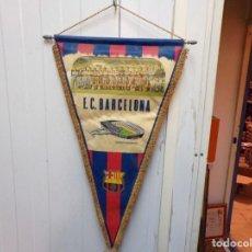 Coleccionismo deportivo: BANDERIN FUTBOL CLUB BARCELONA. Lote 183776632