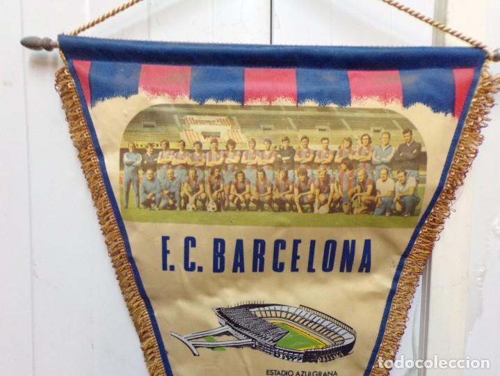 Coleccionismo deportivo: banderin futbol club barcelona - Foto 2 - 183776632
