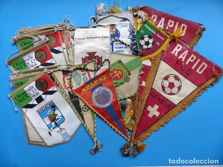 29 BANDERINES DIFERENTS DE FUTBOL Y OLIMPIADAS - AÑOS 1960-1970 - VER FOTOS ADICIONALES (Coleccionismo Deportivo - Banderas y Banderines de Fútbol)