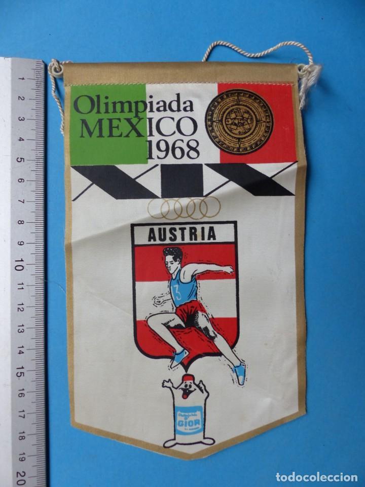 Coleccionismo deportivo: 29 BANDERINES DIFERENTS DE FUTBOL Y OLIMPIADAS - AÑOS 1960-1970 - VER FOTOS ADICIONALES - Foto 24 - 184512881