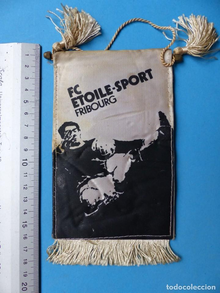Coleccionismo deportivo: 29 BANDERINES DIFERENTS DE FUTBOL Y OLIMPIADAS - AÑOS 1960-1970 - VER FOTOS ADICIONALES - Foto 37 - 184512881