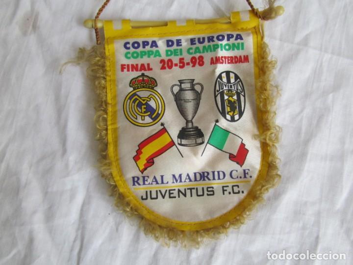 Coleccionismo deportivo: Banderín Real Madrid - Juventus Final Copa de Europa 1998 - Foto 2 - 186059218