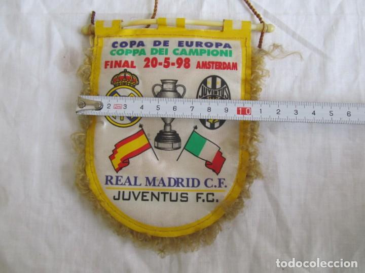 Coleccionismo deportivo: Banderín Real Madrid - Juventus Final Copa de Europa 1998 - Foto 7 - 186059218