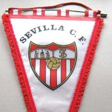 Coleccionismo deportivo: BANDERIN SEVILLA FC ESPAÑA OFICIAL FUTBOL NUEVO 46 X 30 CM BIG NEW PENNANT FANION WIMPEL R. Lote 191198577