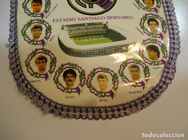 Coleccionismo deportivo: BANDERIN PLASTICO REAL MADRID CAMPEON LIGA 89 90 HISTORIAL DE TROFEOS - Foto 7 - 212088745