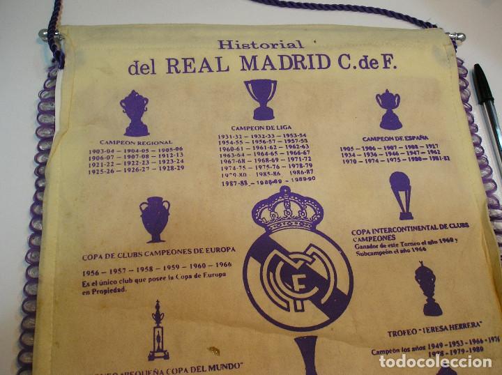 Coleccionismo deportivo: BANDERIN PLASTICO REAL MADRID CAMPEON LIGA 89 90 HISTORIAL DE TROFEOS - Foto 11 - 212088745