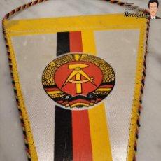 Coleccionismo deportivo: ANTIGUO BANDERÍN - TSG LUBBENAU SPREEWALD - ALEMANIA ORIENTAL - SOCIALISTA- R.D.A. _ DDR. Lote 193921715