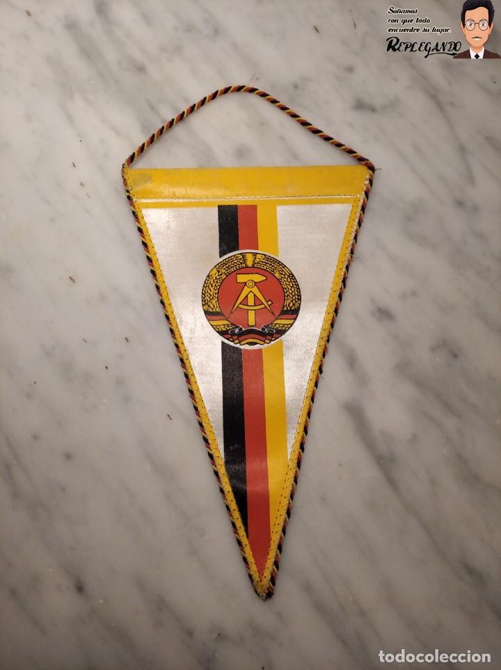 Coleccionismo deportivo: ANTIGUO BANDERÍN - TSG LUBBENAU SPREEWALD - ALEMANIA ORIENTAL - SOCIALISTA- R.D.A. _ DDR - Foto 2 - 193921715