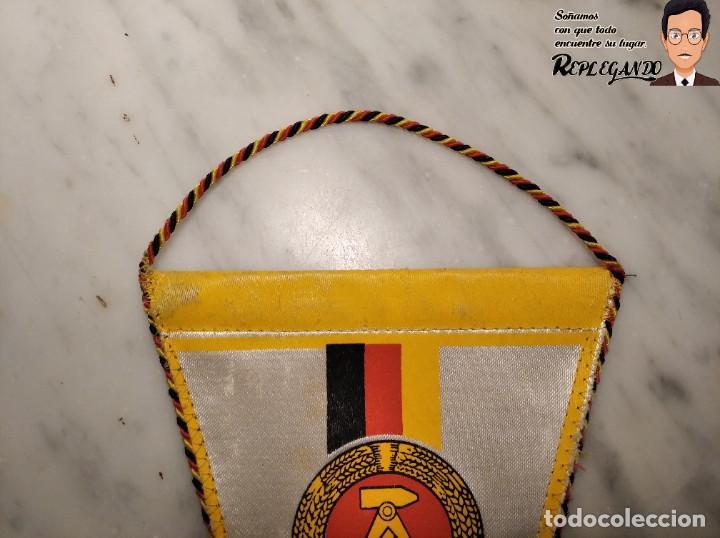 Coleccionismo deportivo: ANTIGUO BANDERÍN - TSG LUBBENAU SPREEWALD - ALEMANIA ORIENTAL - SOCIALISTA- R.D.A. - Foto 7 - 193921715