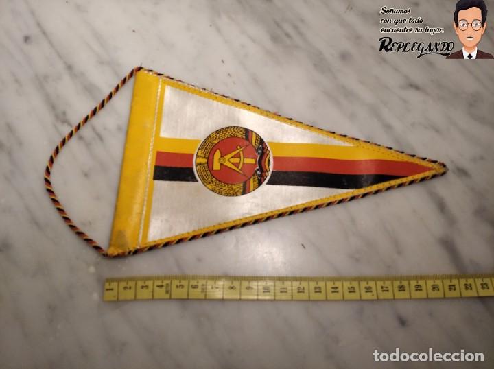 Coleccionismo deportivo: ANTIGUO BANDERÍN - TSG LUBBENAU SPREEWALD - ALEMANIA ORIENTAL - SOCIALISTA- R.D.A. - Foto 9 - 193921715