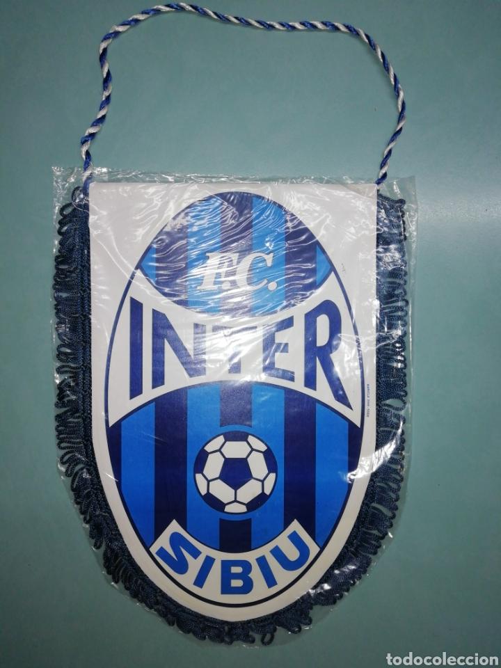 BANDERIN FC INTER SIBIU DE RUMANIA (Coleccionismo Deportivo - Banderas y Banderines de Fútbol)