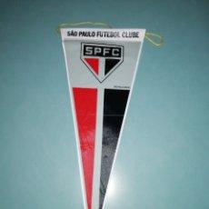 Coleccionismo deportivo: BANDERIN SAO PAULO FC DE BRASIL. Lote 194196395