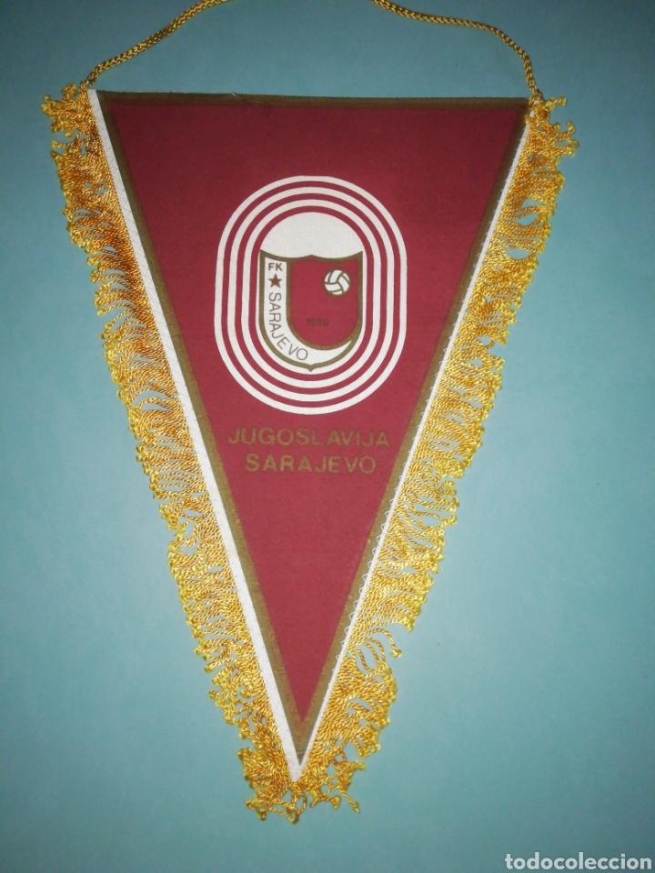 BANDERIN FK SARAJEVO DE BOSNIA (Coleccionismo Deportivo - Banderas y Banderines de Fútbol)