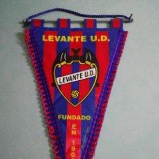 Coleccionismo deportivo: BANDERIN LEVANTE U. D.. Lote 194613683