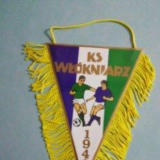 Coleccionismo deportivo: BANDERIN KS WLOKNIARZ DE POLONIA. Lote 194614388