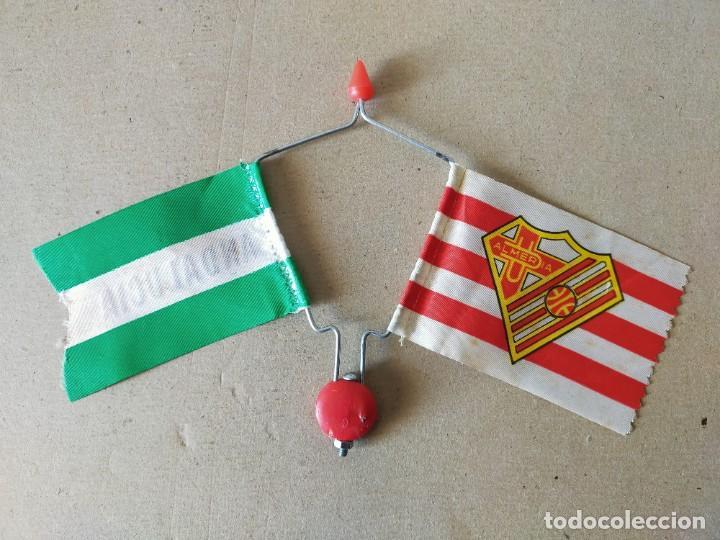 BANDERIN DOBLE DE VARILLA PARA BICICLETA. BANDERAS: A.D. ALMERIA / ANDALUCIA - AÑOS 70 / 80 - FUTBOL (Coleccionismo Deportivo - Banderas y Banderines de Fútbol)