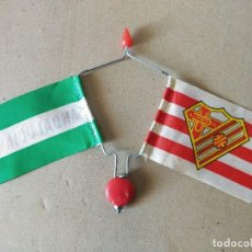 Coleccionismo deportivo: BANDERIN DOBLE DE VARILLA PARA BICICLETA. BANDERAS: A.D. ALMERIA / ANDALUCIA - AÑOS 70 / 80 - FUTBOL. Lote 194766785