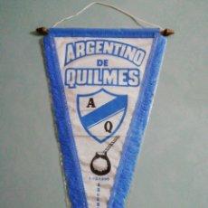 Coleccionismo deportivo: BANDERIN ARGENTINO DE QUILMES DE ARGENTINA. Lote 195215957