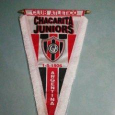 Coleccionismo deportivo: BANDERIN C. A. CHACARITA JUNIORS DE ARGENTINA. Lote 195328298