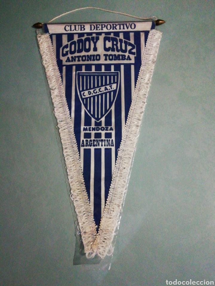 BANDERÍN C. D. GODOY CRUZ DE ARGENTINA (Coleccionismo Deportivo - Banderas y Banderines de Fútbol)