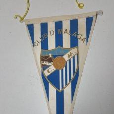 Coleccionismo deportivo: BANDERIN FUTBOL CUB DEPORTIVO MÁLAGA AÑOS 70 DE 26 CM. Lote 195337096