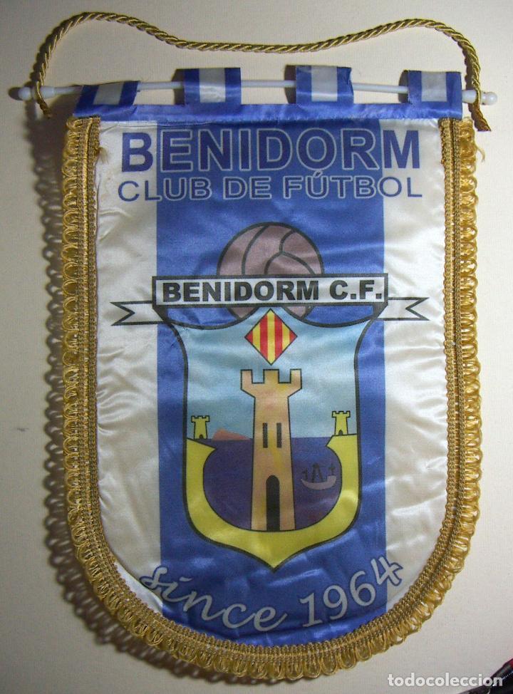 BANDERÍN DEL BENIDORM C F 1964 (Coleccionismo Deportivo - Banderas y Banderines de Fútbol)