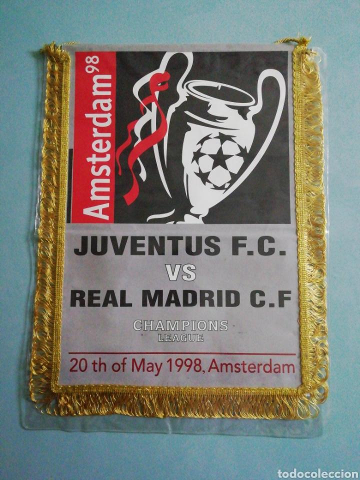 BANDERIN JUVENTUS F. C. VS REAL MADRID C. F. (Coleccionismo Deportivo - Banderas y Banderines de Fútbol)