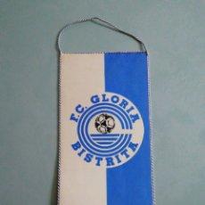 Coleccionismo deportivo: BANDERIN FC GLORIA BISTRITA DE RUMANÍA. Lote 197903488