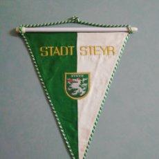 Coleccionismo deportivo: BANDERIN STADT STEYR DE AUSTRIA. Lote 199746126