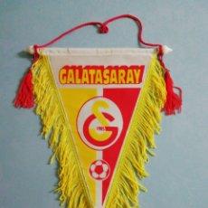 Coleccionismo deportivo: BANDERIN GALATASARAY SK DE TURQUÍA. Lote 199761081