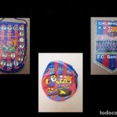 Coleccionismo deportivo: KITS PARA LOS FOROFOS DEL BARCA, BANDERÍN, CALENDARIO Y GORRA. Lote 200121320