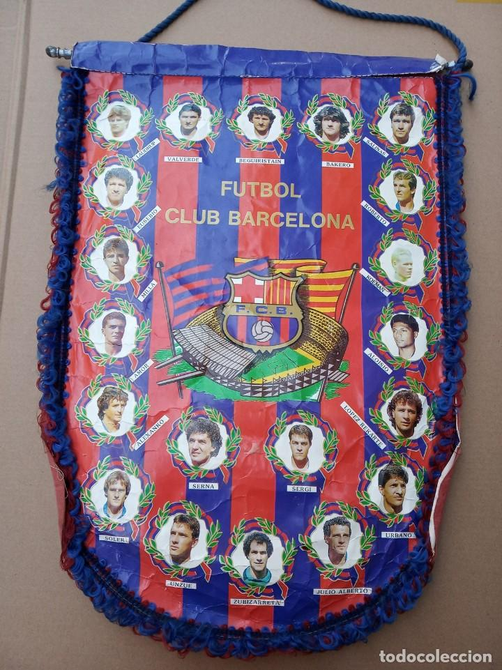 Coleccionismo deportivo: Kits para los forofos del Barca, Banderín, Calendario y gorra - Foto 2 - 200121320
