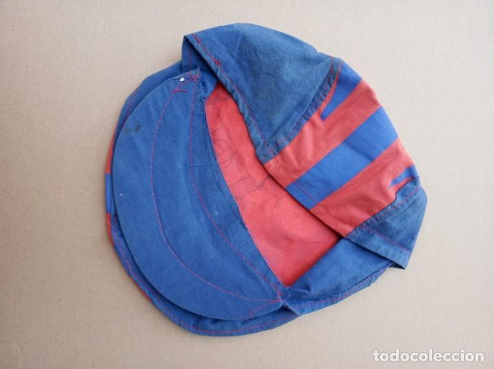 Coleccionismo deportivo: Kits para los forofos del Barca, Banderín, Calendario y gorra - Foto 12 - 200121320