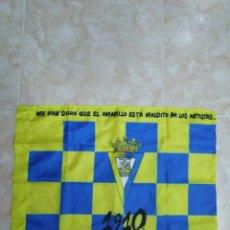 Coleccionismo deportivo: BANDERA CÁDIZ C. F ( 46 X 61 ). Lote 201130737
