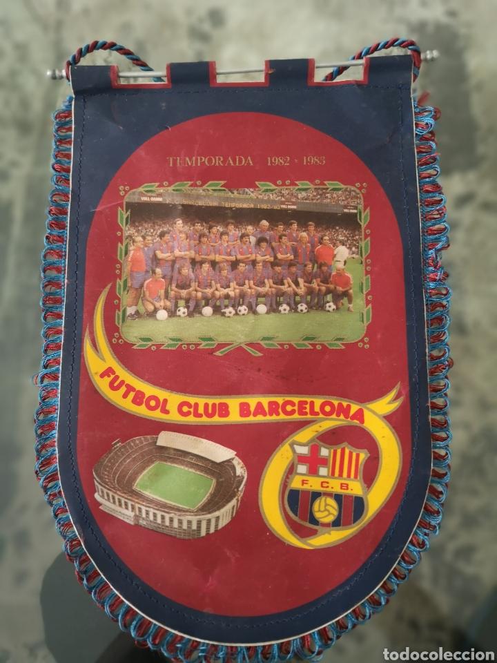 ANTIGUO BANDERIN DE F. C. BARCELONA TEMPORADA 82, 83 (Coleccionismo Deportivo - Banderas y Banderines de Fútbol)