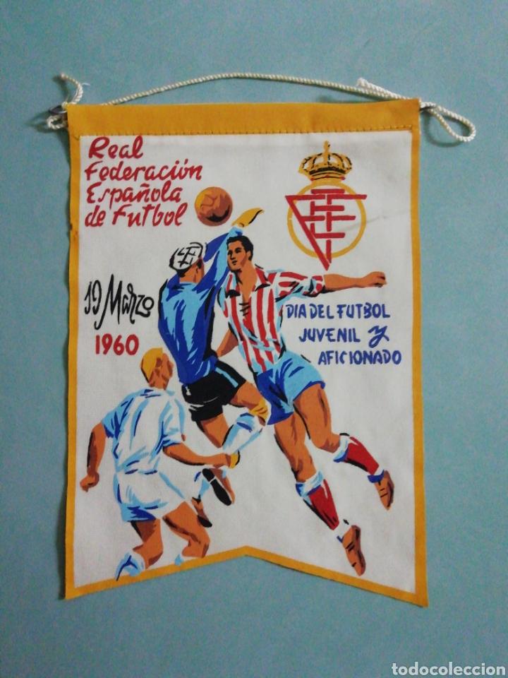 BANDERIN REAL FEDERACIÓN ESPAÑOLA DE FUTBOL (Coleccionismo Deportivo - Banderas y Banderines de Fútbol)