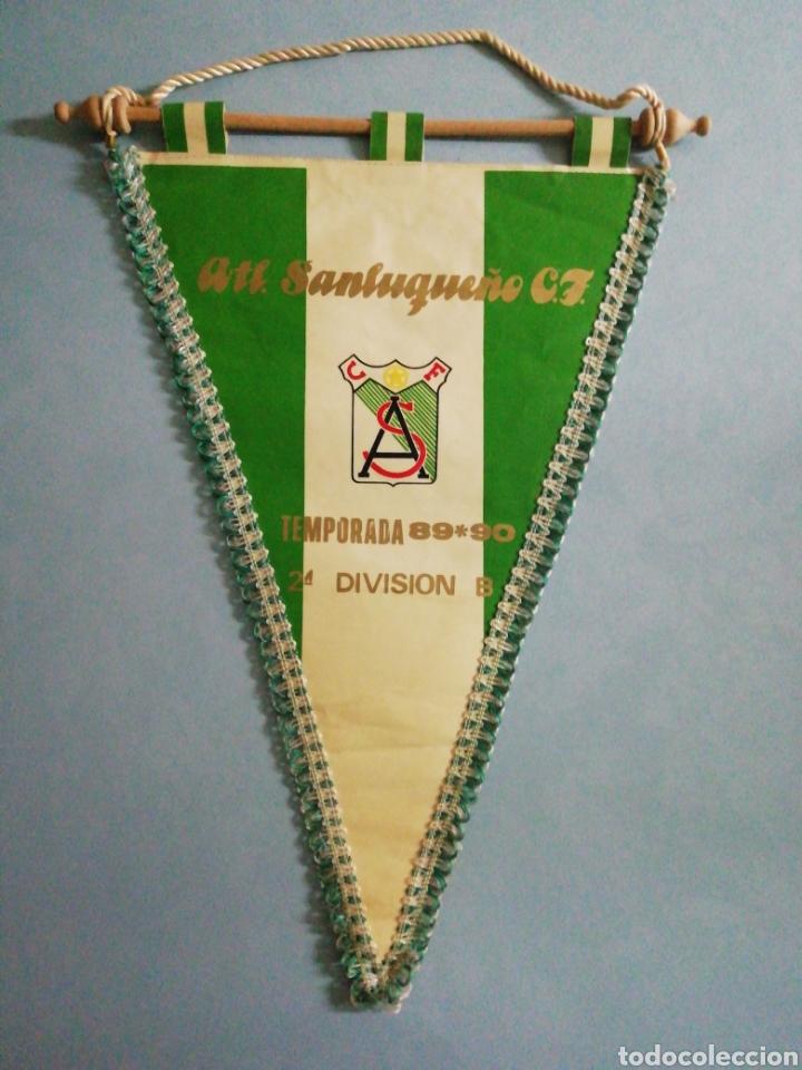 BANDERIN ATL. SANLUQUEÑO C. F. - SANLUCAR DE BARRAMEDA (CÁDIZ) (Coleccionismo Deportivo - Banderas y Banderines de Fútbol)