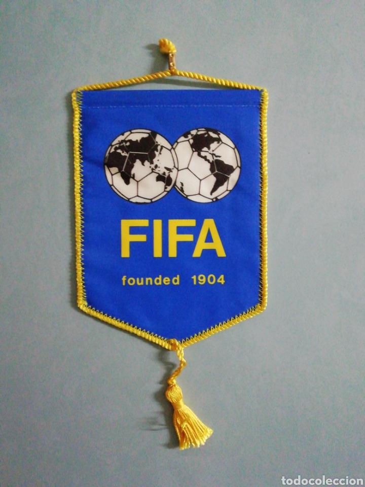 BANDERIN FIFA (Coleccionismo Deportivo - Banderas y Banderines de Fútbol)