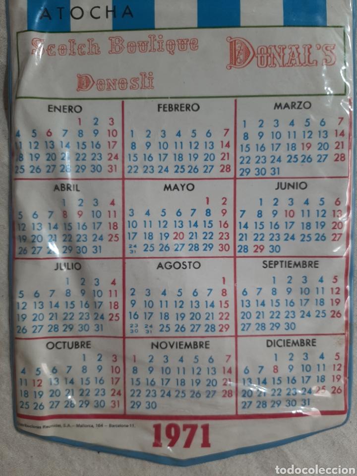 Coleccionismo deportivo: BANDERIN CALENDARIO REAL SOCIEDAD DE FUTBOL SAN SEBASTIAN CAMPO ATOCHA 1971 - Foto 3 - 205684301