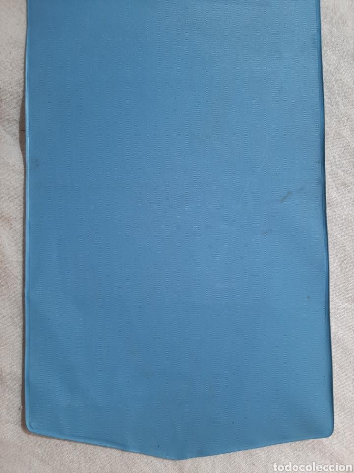 Coleccionismo deportivo: BANDERIN CALENDARIO REAL SOCIEDAD DE FUTBOL SAN SEBASTIAN CAMPO ATOCHA 1971 - Foto 6 - 205684301