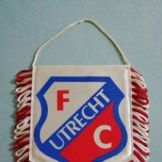 Coleccionismo deportivo: BANDERIN F. C. UTRECH DE HOLANDA. Lote 206266697